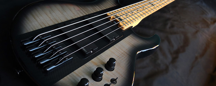 Session Bass | The modular 5 strings bass with dark burst on flamed maple wings